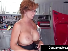 Texas Cougar Deauxma Pays..