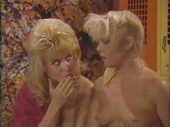 Nina Hartley vs Danielle -..